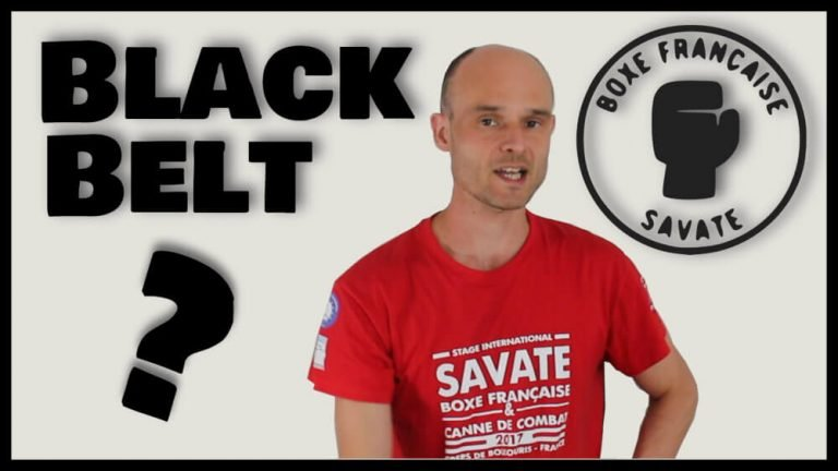 What is the equivalent of a Black Belt in Savate?
